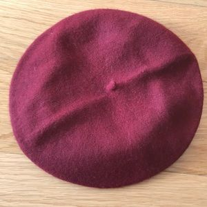 Burgundy/Maroon Beret Hat
